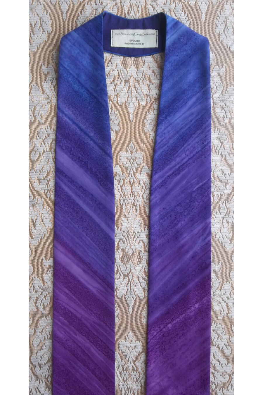 Anticipate the Coming of the King: Advent Stole in Dramatic Stripe Print