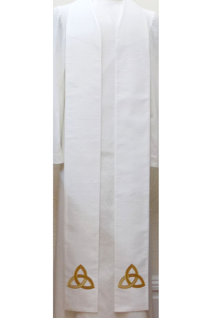 READY TO SHIP! The Mystery of the Trinity: White Silk Clergy Stole with Celtic Trinity Knot Design