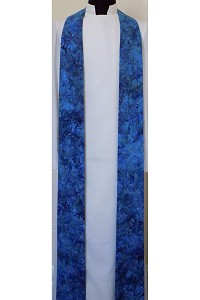 Advent Elegance: Clergy Stole in Blue Batik Print